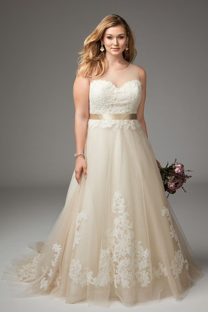 wedding-dresses-for-curvy-brides-2