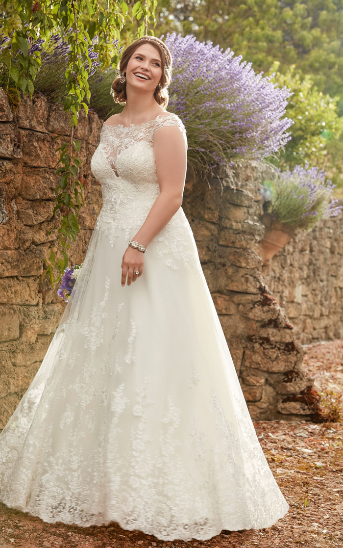 wedding-dresses-for-curvy-brides-7