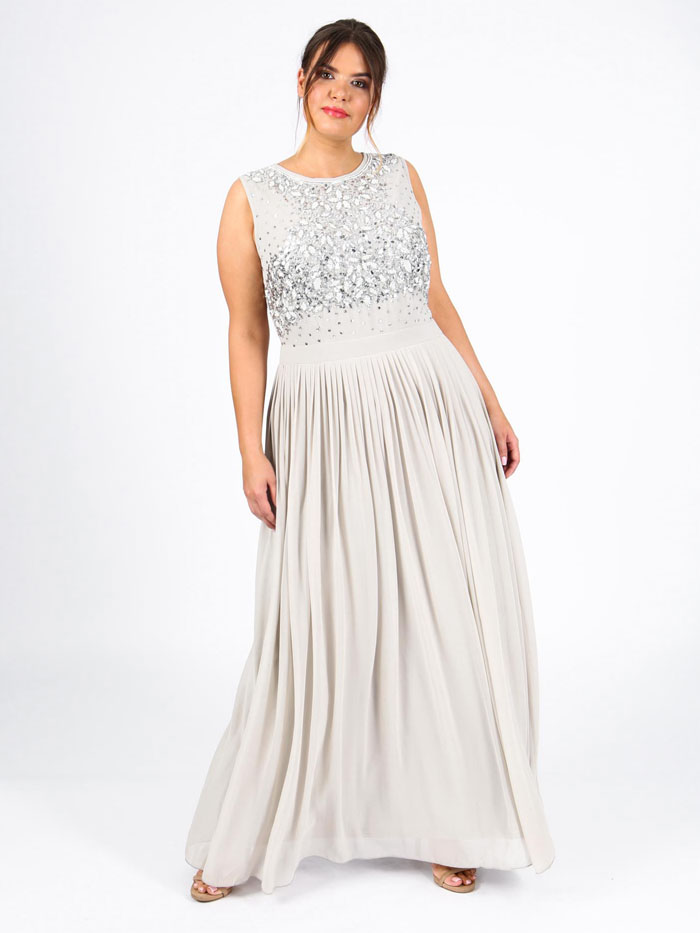 wedding-dresses-for-curvy-brides-10
