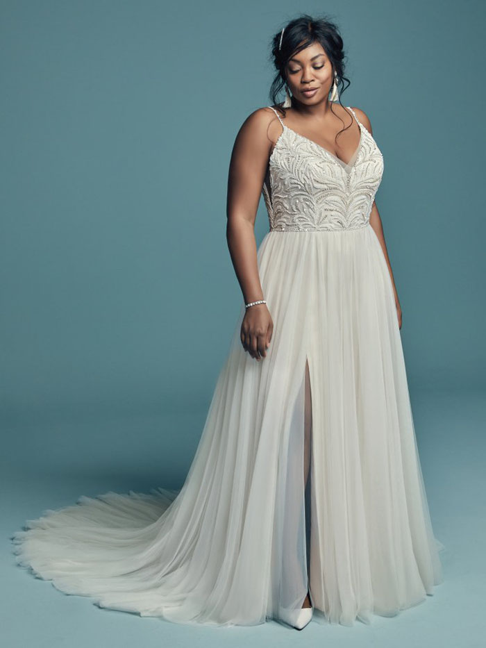 wedding-dresses-for-curvy-brides-11