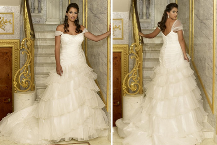 wedding-dresses-for-curvy-brides-17