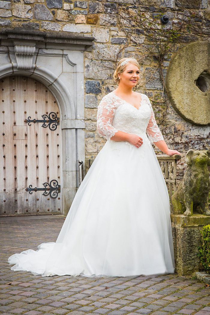 wedding-dresses-for-curvy-brides-18