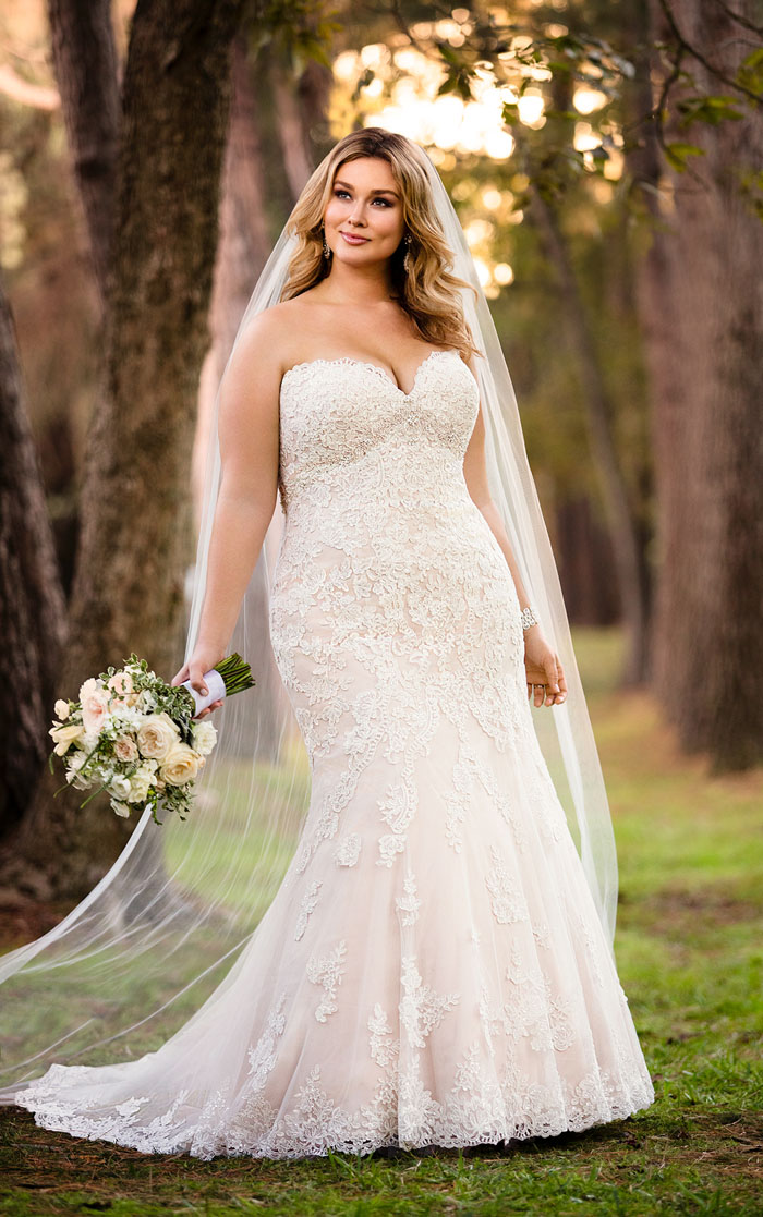 wedding-dresses-for-curvy-brides-19