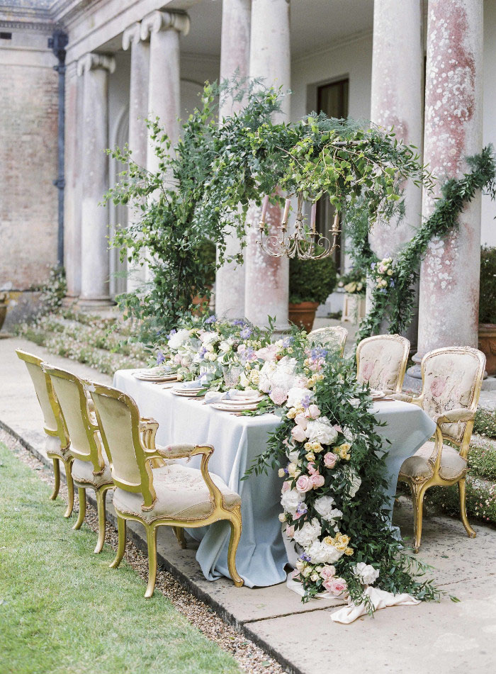 floral-features-for-your-wedding-day-3