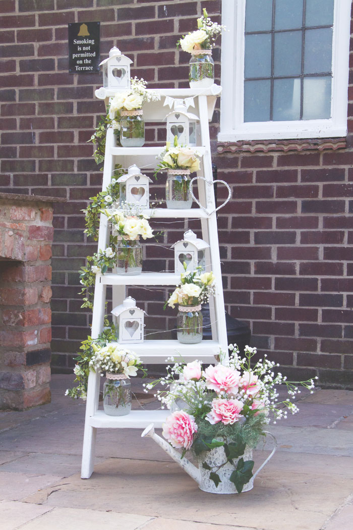 wedding-of-the-week-ye-olde-bell-south-yorkshire-33