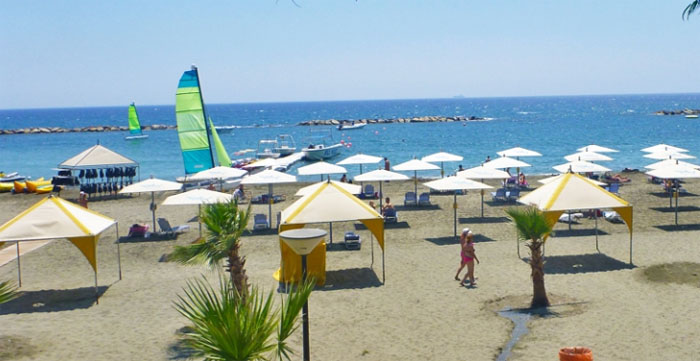 10-beaches-to-visit-on-your-honeymoon-in-cyprus-3