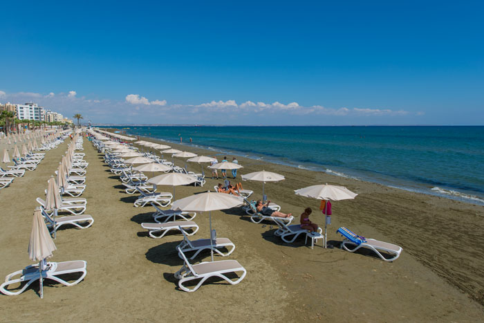 10-beaches-to-visit-on-your-honeymoon-in-cyprus-9