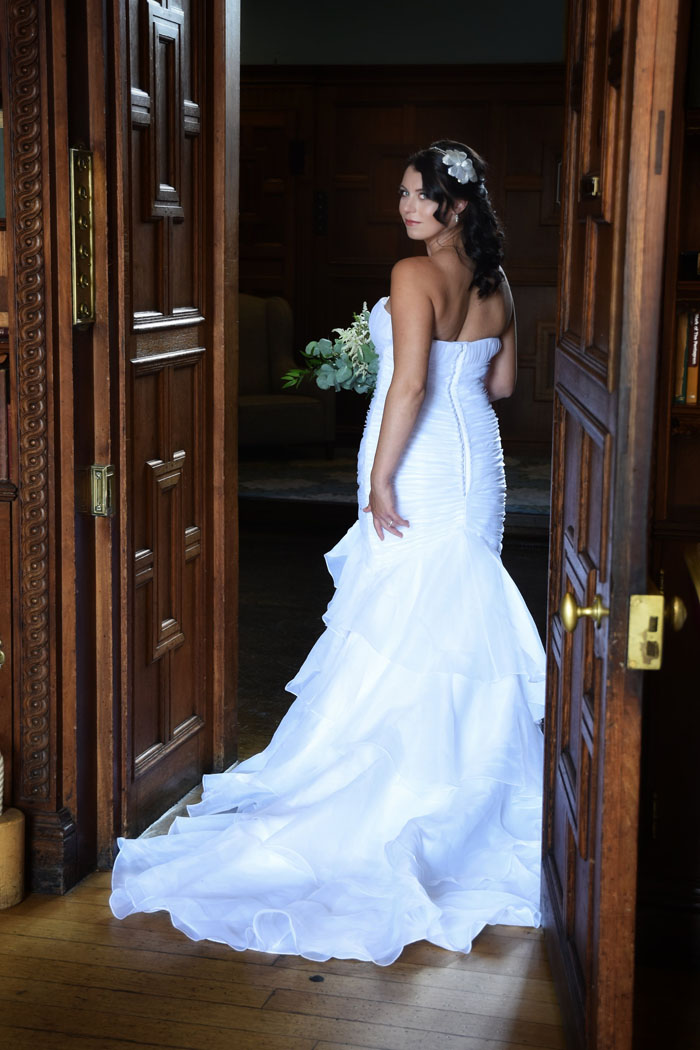 an-oxfordshire-shoot-to-inspire-brides-on-a-budget-6
