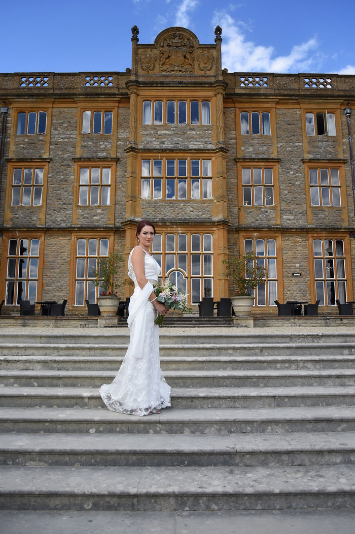 an-oxfordshire-shoot-to-inspire-brides-on-a-budget-13