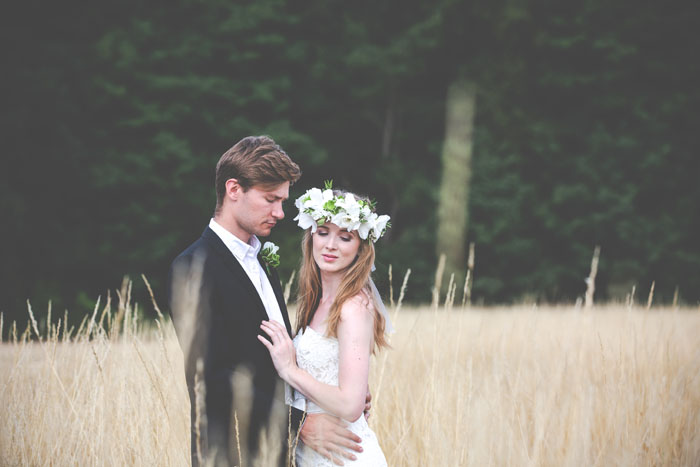 enchanting-woodland-wedding-shoot-from-forest-lodge-weddings-2