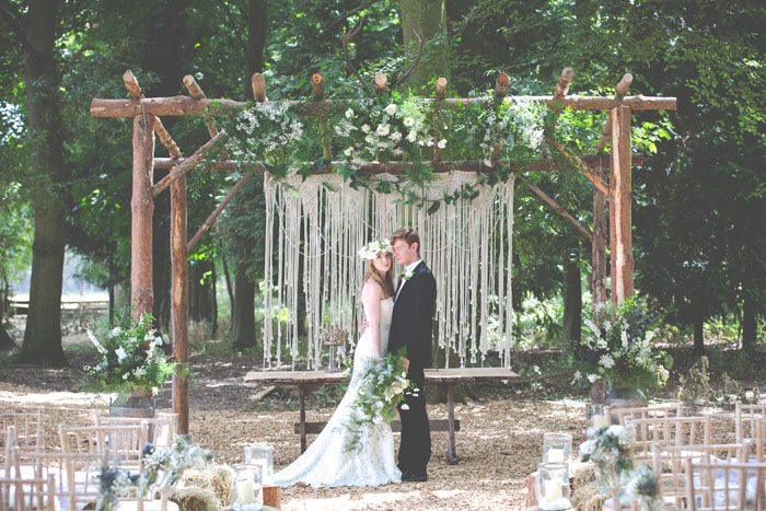 enchanting-woodland-wedding-shoot-from-forest-lodge-weddings-4