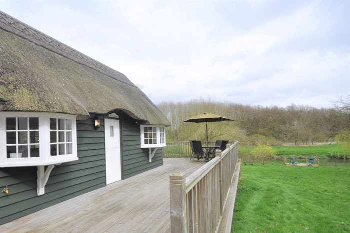 romantic-uk-holiday-cottages-for-the-perfect-post-wedding-retreat-1