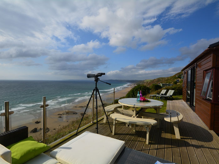 romantic-uk-holiday-cottages-for-the-perfect-post-wedding-retreat-9