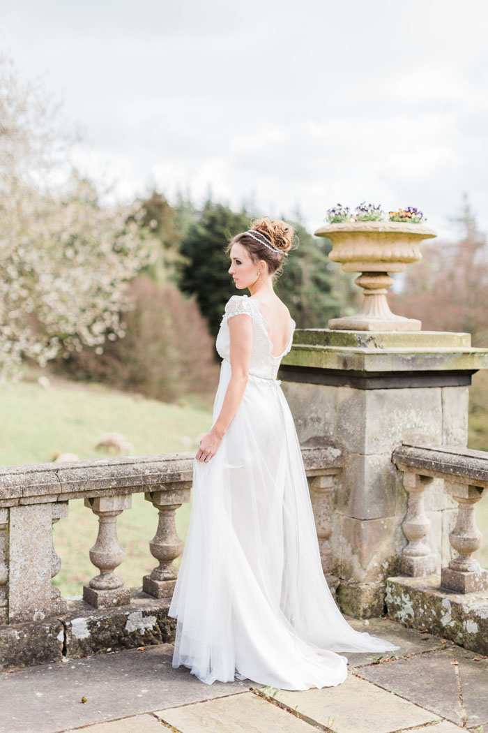 a-jane-austen-inspired-wedding-shoot-at-doxford-hall-10