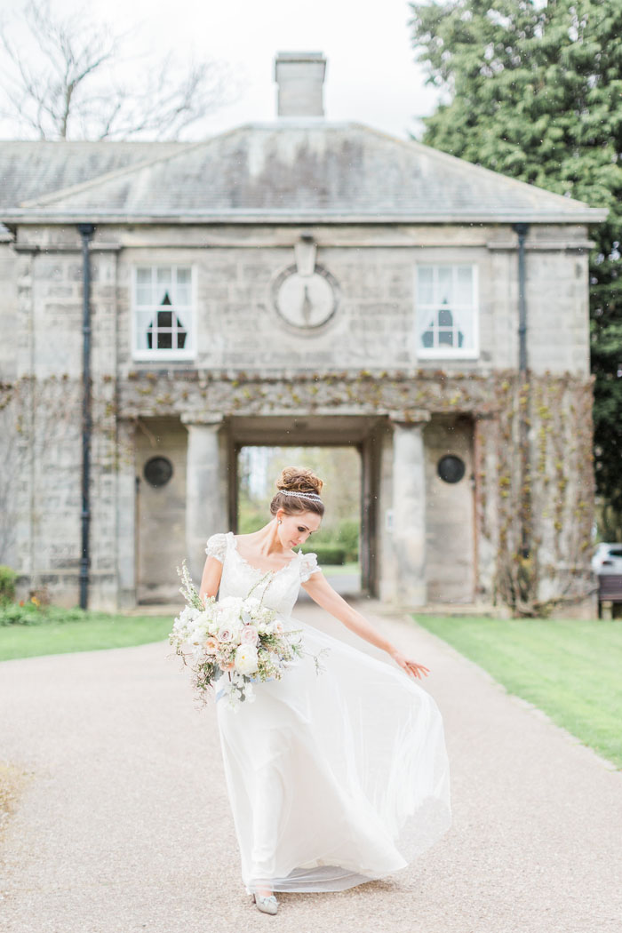 a-jane-austen-inspired-wedding-shoot-at-doxford-hall-14