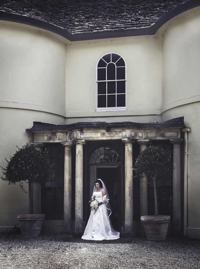 a-styled-bridal-shoot-at-sudbury-house-faringdon-6