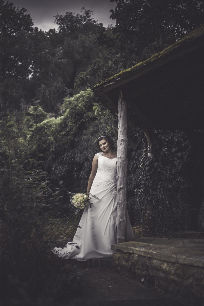 a-styled-bridal-shoot-at-sudbury-house-faringdon-10