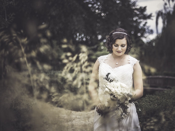 a-styled-bridal-shoot-at-sudbury-house-faringdon-11