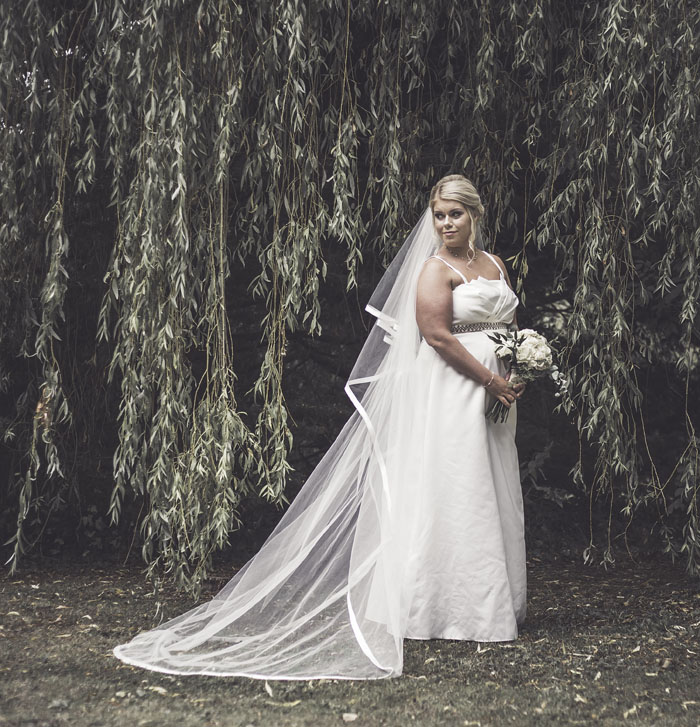 a-styled-bridal-shoot-at-sudbury-house-faringdon-17