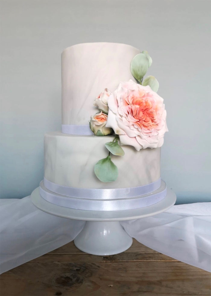 which-wedding-cake-flavour-surrey-sussex-5
