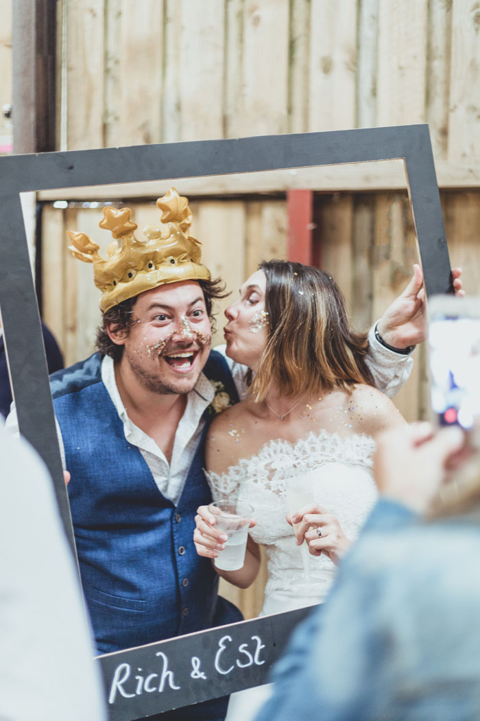 laughter-tears-wedding-photography-in-the-south-west-cotswolds-6