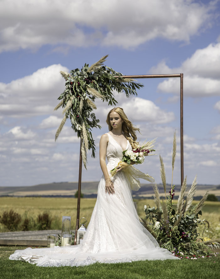 a-rustic-bridal-succulent-shoot-in-wiltshire-11