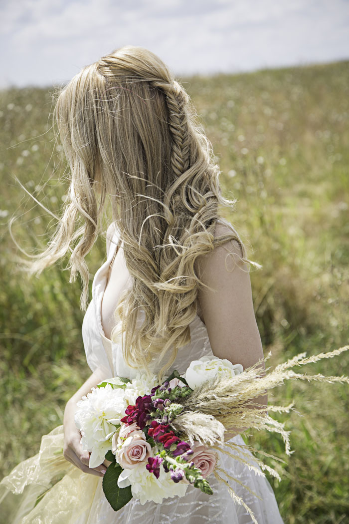 a-rustic-bridal-succulent-shoot-in-wiltshire-13