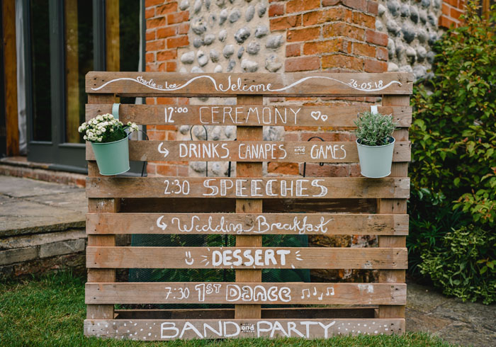 wedding-of-the-week-chaucer-barn-norfolk-26