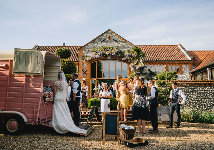 wedding-of-the-week-chaucer-barn-norfolk-41