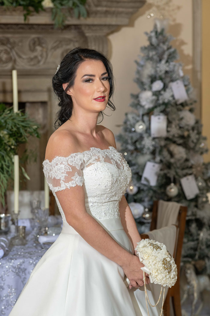 a-magical-christmas-wedding-shoot-in-dorset-6