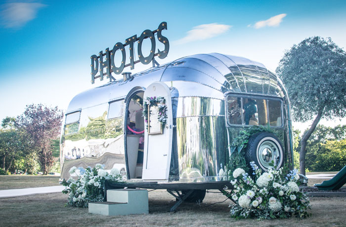 quirky-wedding-photo-booths-in-surrey-and-sussex-2