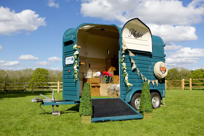 quirky-wedding-photo-booths-in-surrey-and-sussex-8