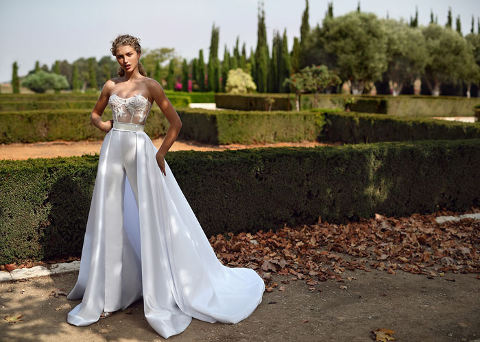 galia-lahav-unveils-alegria-and-gala-collection-no-7-campaigns-16