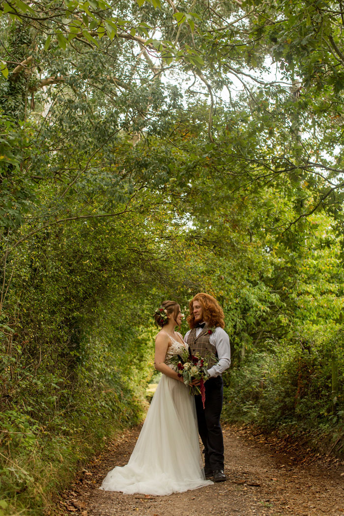 a-rustic-and-romantic-wedding-shoot-in-dorset-6