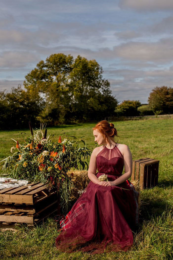 a-rustic-and-romantic-wedding-shoot-in-dorset-22