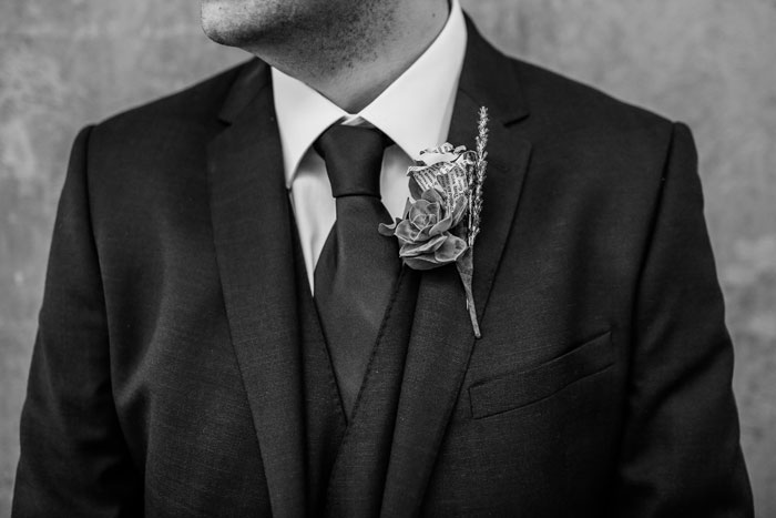 nine-ideas-for-grooms-buttonholes-5