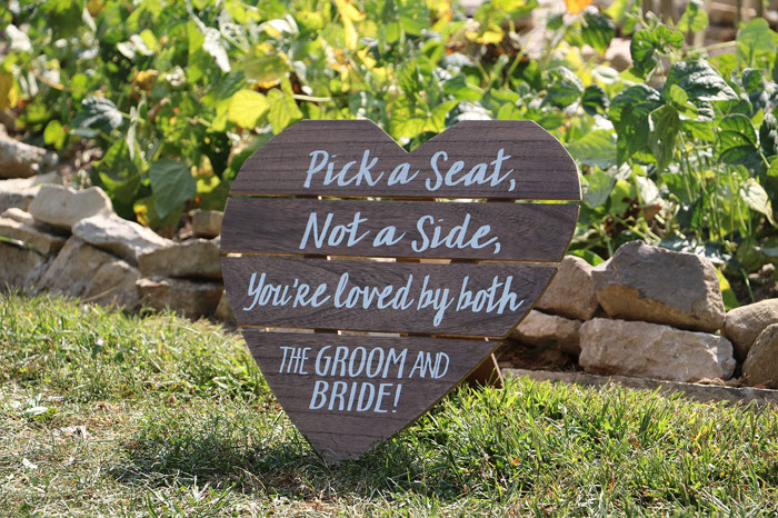 14-ways-to-add-heart-decor-to-your-wedding-venue-2