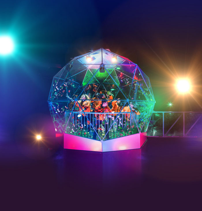a-maze-bridal-party-at-crystal-maze-live-experience-1