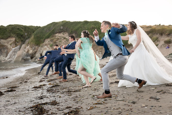 lucie-bunt-and-samuel-cascarina-italy-meets-cornwall-wedding-29