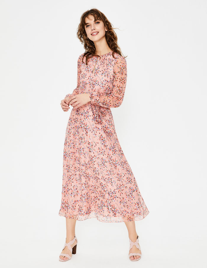Wedding Guest Outfits For Spring Summer 2019