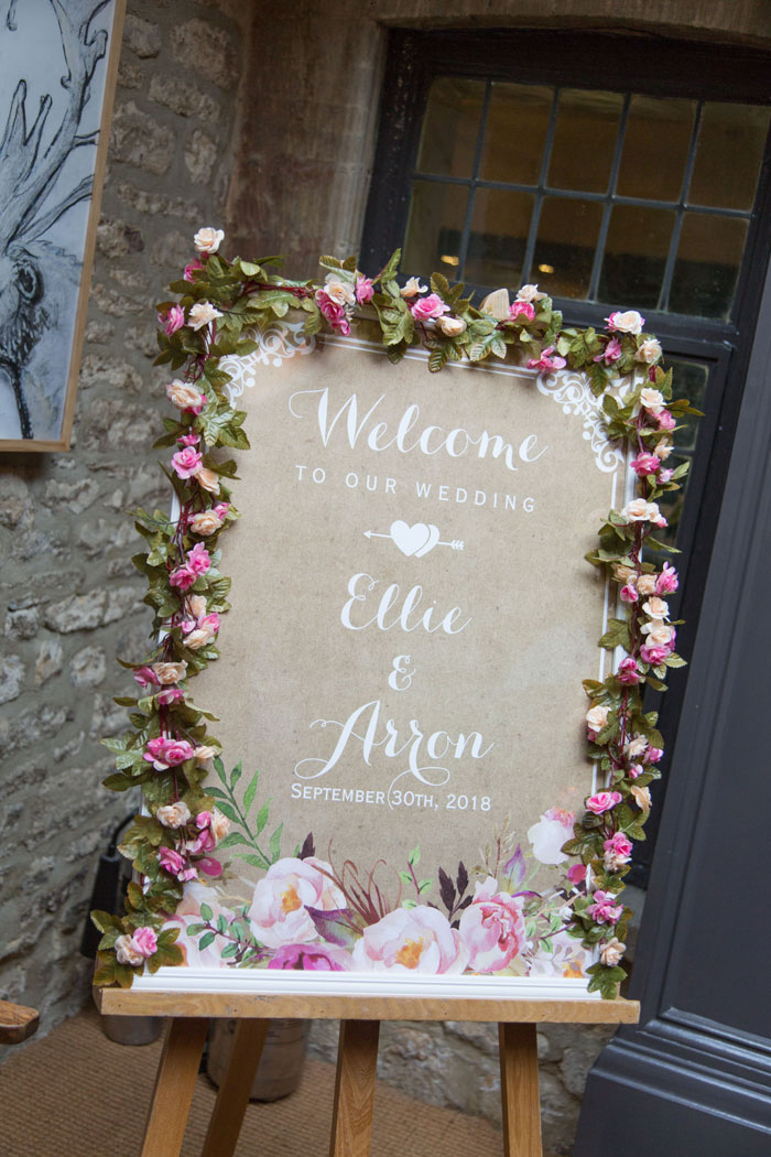 a-vintage-themed-wedding-in-oxfordshire-5