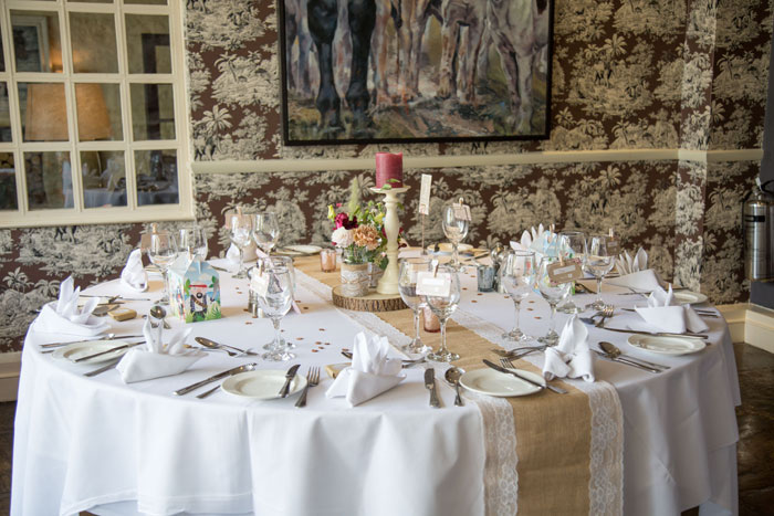 a-vintage-themed-wedding-in-oxfordshire-6