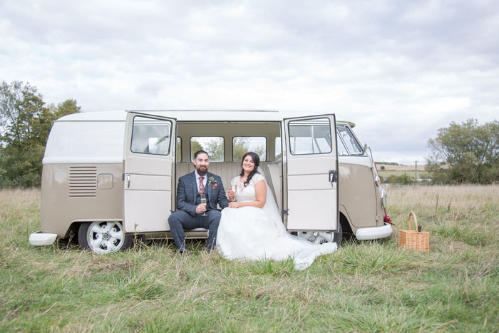 a-vintage-themed-wedding-in-oxfordshire-8