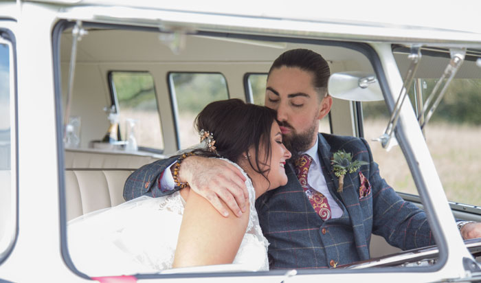 a-vintage-themed-wedding-in-oxfordshire-9