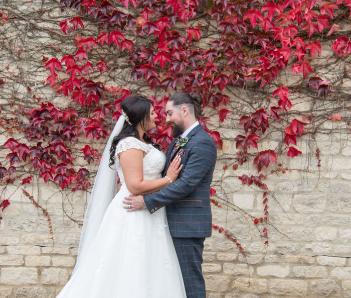 a-vintage-themed-wedding-in-oxfordshire-11