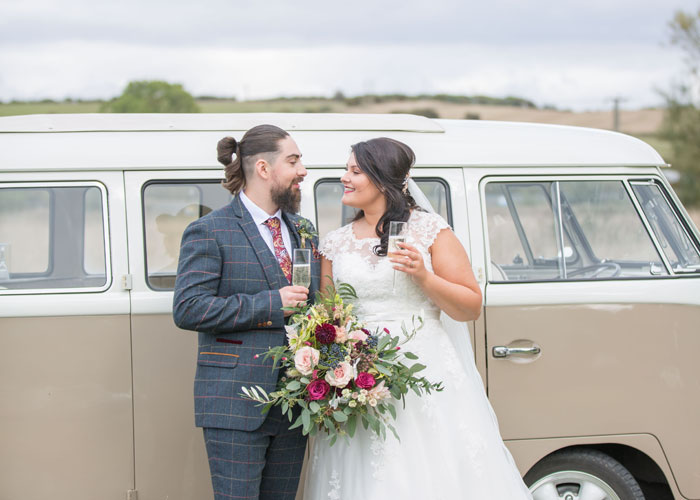 a-vintage-themed-wedding-in-oxfordshire-27