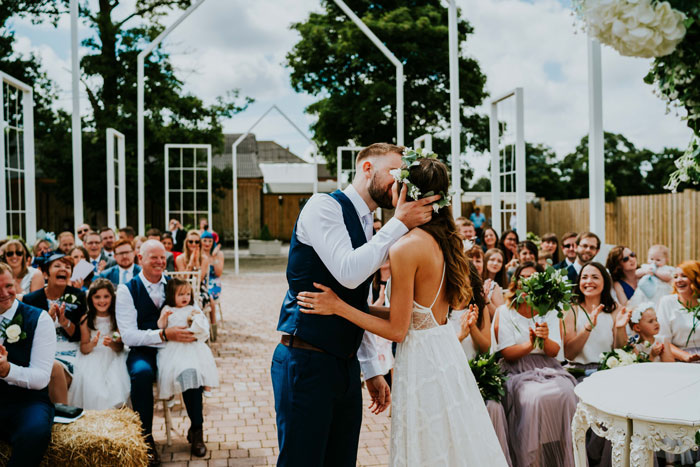 a-charming-and-rustic-cheshire-wedding-10