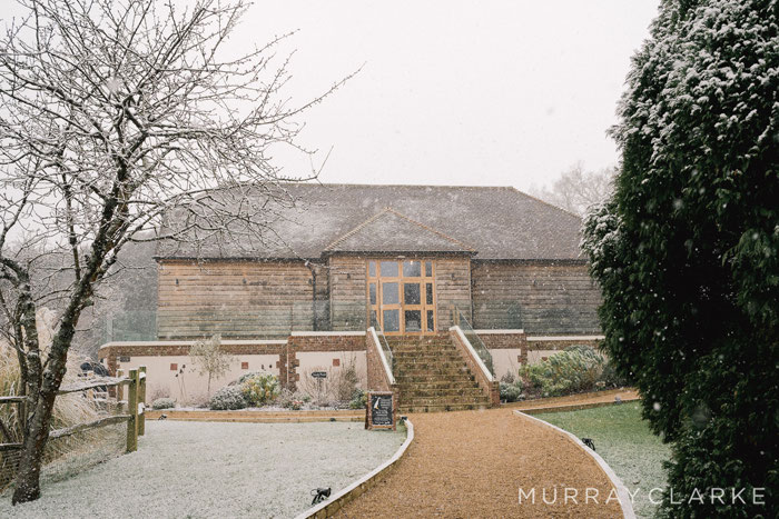 pink-champagne-rustic-barn-wedding-sussex-1