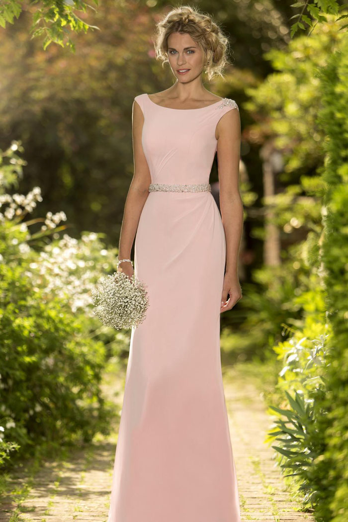 17-bridesmaids-dresses-for-a-summer-wedding-18