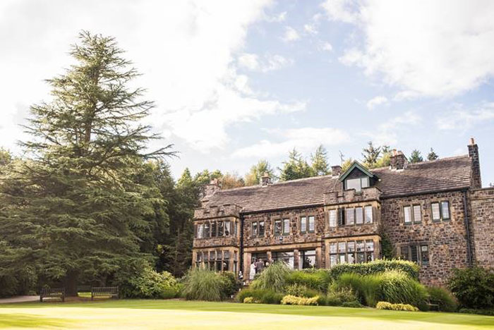 romantic-yorkshire-wedding-venues-13